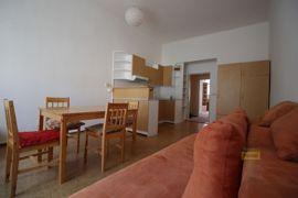Pronájem bytu 2+1/B, 60m2, Praha 3 - Žižkov, po rekonstrukci
