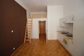 Pronájem bytu Praha 3, byt 3+1,  78m2