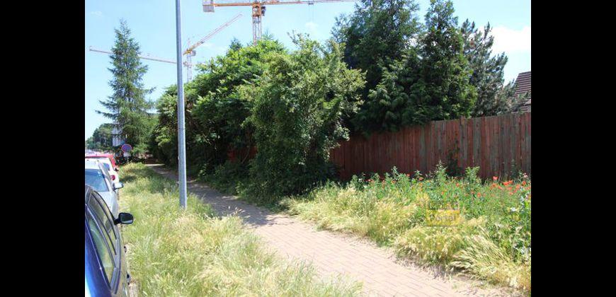 Prodej pozemku 333m2 ,  P10 - Strašnice, OV