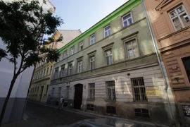 Pronájem bytu 2+kk, 38m2, Praha 2 - Nové město