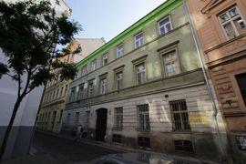 Pronájem bytu 2+1, 75m2, Praha 1 - Nové Město, po rekonstrukci