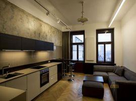 Pronájem bytu 3+kk, 83m2, Praha 3 Vinohrady, po rekonstrukci, zařízený