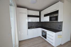 Pronájem bytu 3+1/L, 75,74m2, Praha 9 - Letňany, po rekonstrukci