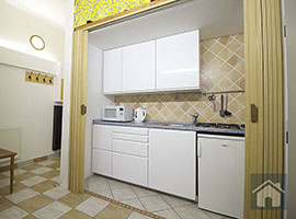 Pronájem bytu v Praze, byt 2+1, 48m2, Praha 4, po rekonstrukci, částečně zařízený