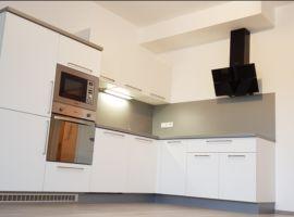 Pronájem bytu 2+kk/B, 54,8m2, Kladno - Kročehlavy, garážové stání