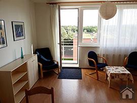 Pronájem bytu 1+kk s balkónem na Praze 8